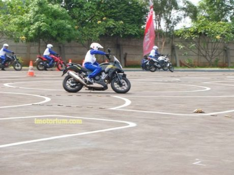 Safety Riding Wahana Honda - Jatake (24)