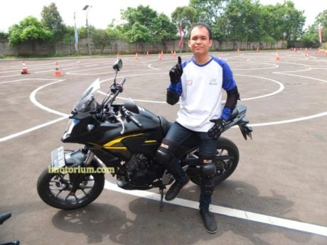 Honda CB500X review imotorium.com di area safety riding