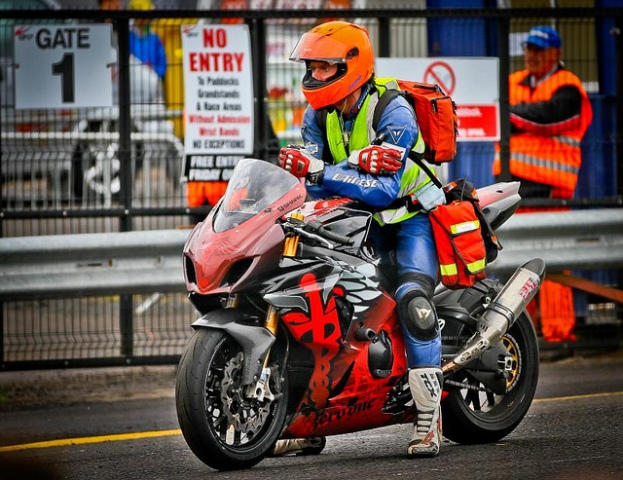 Irish Road Racing Doctor John Hinds – 4