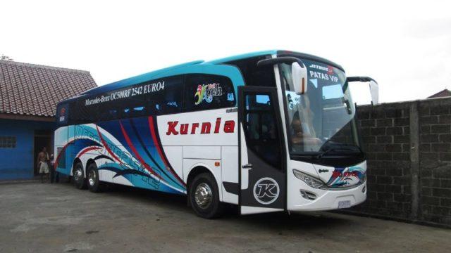 Mengenal Mercedes - Benz OC 500 RF 2542, Bus 3 Axle Terpopuler Di Indonesia