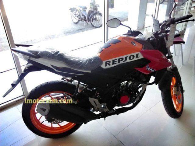 Honda CB 150 Repsol (2)