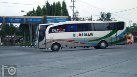 mercy-oh1526-bus-budiman-2