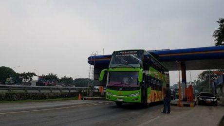 rahayu-santosa-double-deck-jetliner-6