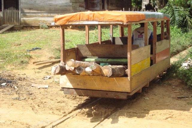 kereta lori molek lebong tandai 2