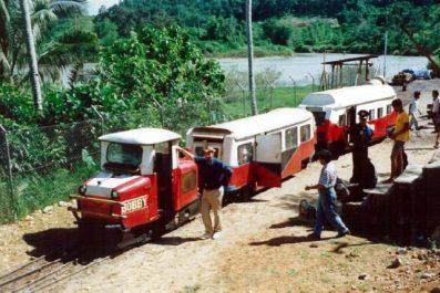 kondisi kereta lori saat masih layak, dan masih ada perusahaan penambang di sana