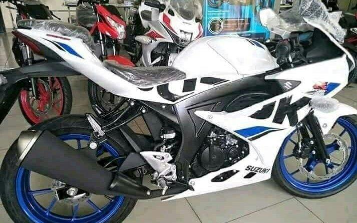 2018 suzuki gsx warna putih biru