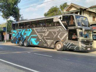 Tampilan depan Adiputro Jetbus 3 UHD