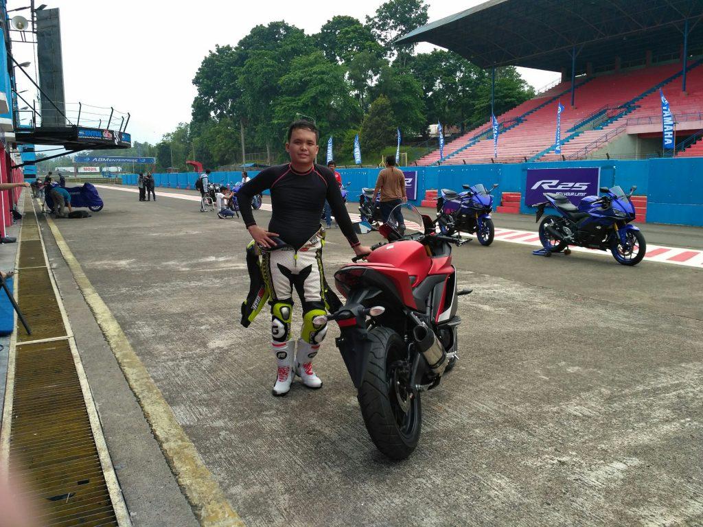 Test Ride Yamaha New R25 Di Sentul, Handlingnya Enak Banget
