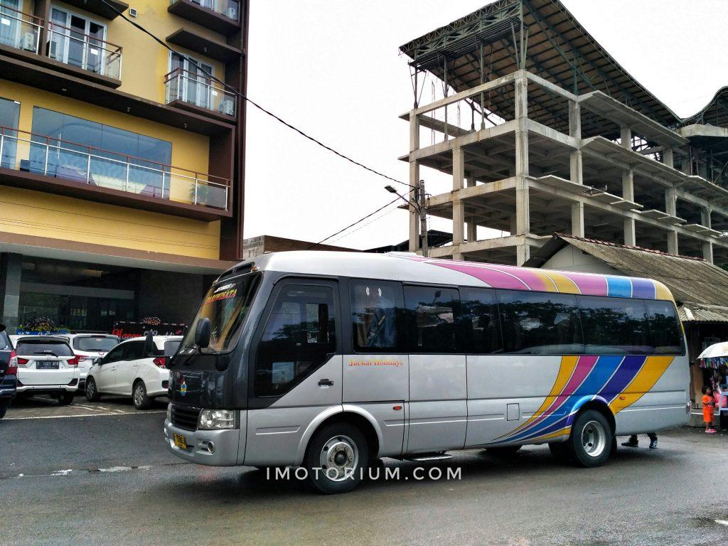 Ketemu Bus Medium Adiputro Jetbus MCT, Terinspirasi dari Toyota Coaster