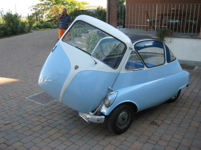 Iso isetta split engine