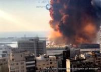 L'explosion dans un entrepôt au port à Beyrouth 10
