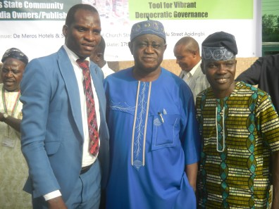 Alhaji OlowosaGO with Kunle AdelaBU and another Community Journalism practitioner in group photograph