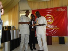 The founder, RHODA Youth Centre, Mr Rotimi Erogbogbo receiving his own Icon award for his numerous contributions