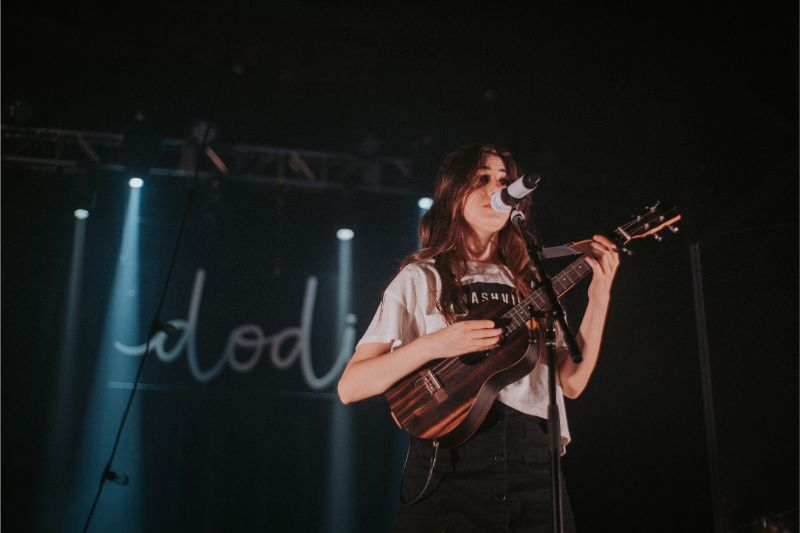 dodie @ marathon music works
