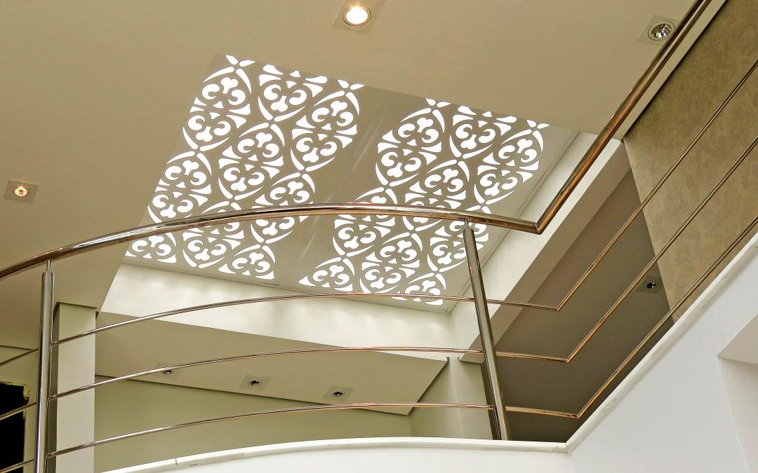 Painéis decorativos perfurados, uma exclusividade para a região.
