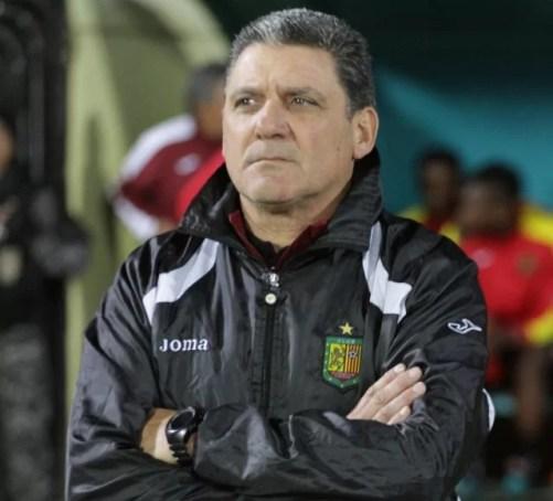 OFICIAL. Aníbal Biggeri no es más entrenador de Deportivo Cuenca