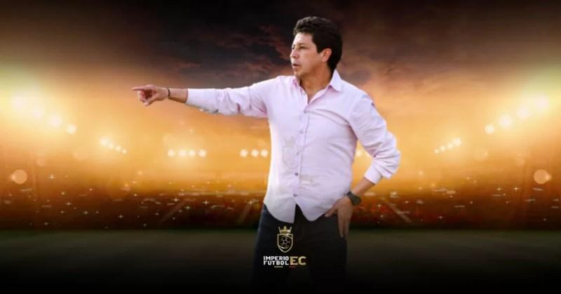CONFIRMADO - Delfín SC oficializa la salida del DT Paúl Vélez