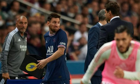 PSG no convence y enojo de Messi tras ser sustituido por Pochettino