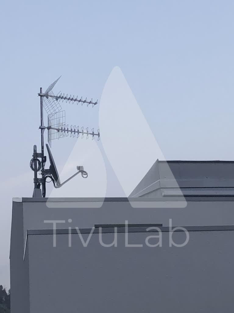 Tivulab-antenna-satellite-hotel-lagodigarda-01-impiantogestito