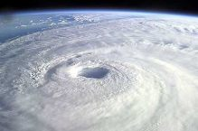 cyclonehole1