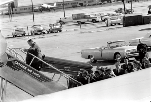 empty_JFK_casket-300×202