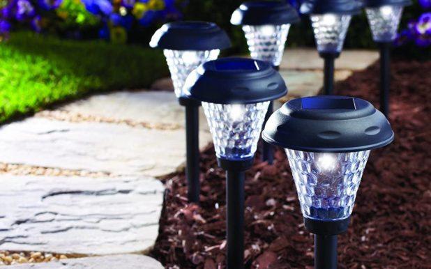 Mengenal Jenis-Jenis Lampu Taman - Tips Memilih Desain Lampu Taman Cantik untuk Kantor dan Taman Kota - smarthome.guide