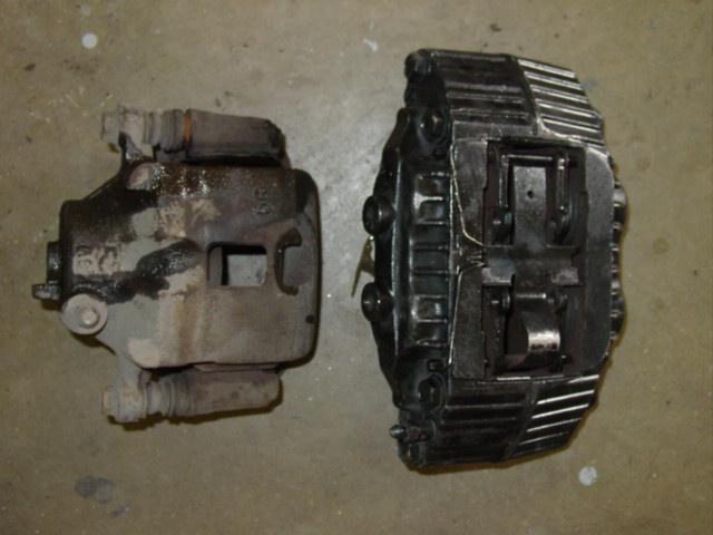 Outside comparison of front 240SX caliper vs 26mm 300ZX Caliper