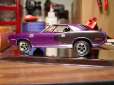 This is what the Cuda looked like after I detail painted a set of wheels. Other than the ridiculous ride height, I liked the effect.
