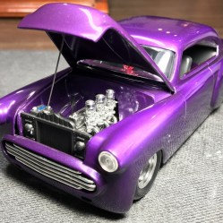 The inline six looks perfect!