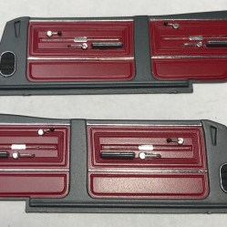 The Chevelle's door panels provided great opportunity for detail painting. I hand painted the arm rests. I used bare metal foil for the lines and Molotow for the cranks and handles.