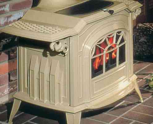 Resolute Acclaim® Non-Catalytic Wood Burning Stove