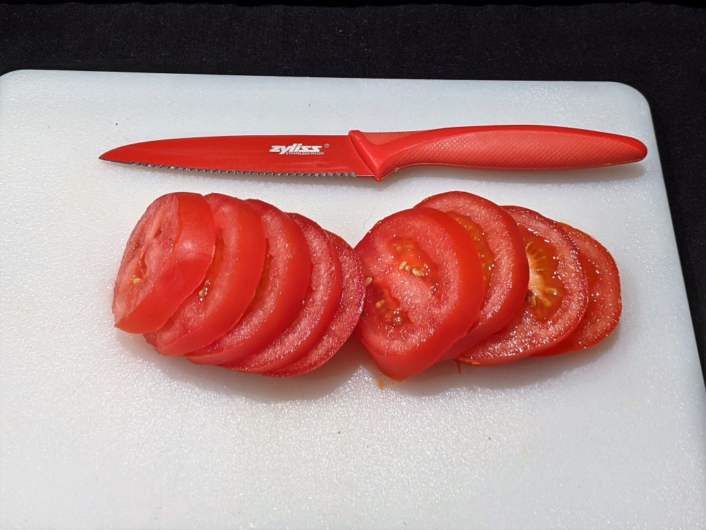 Slice the tomatoes in 1/4 thick rounds
