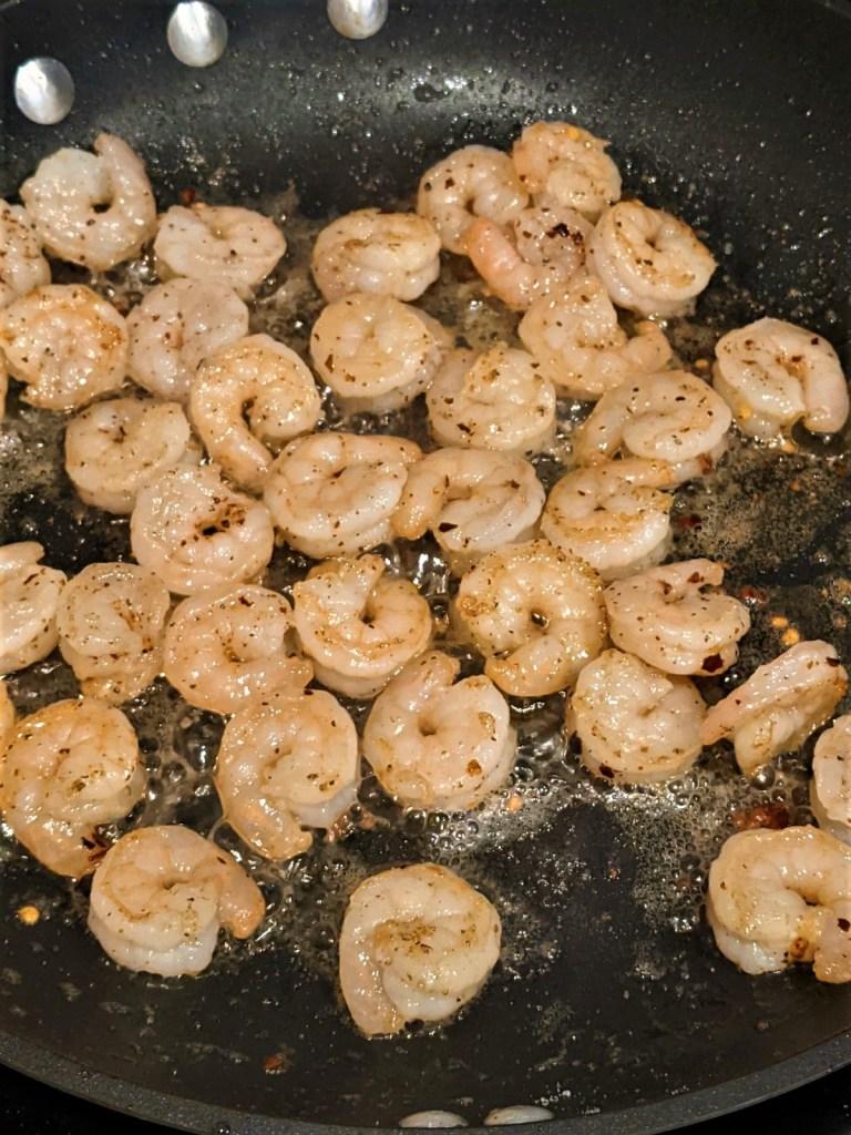 Shrimp in skillet