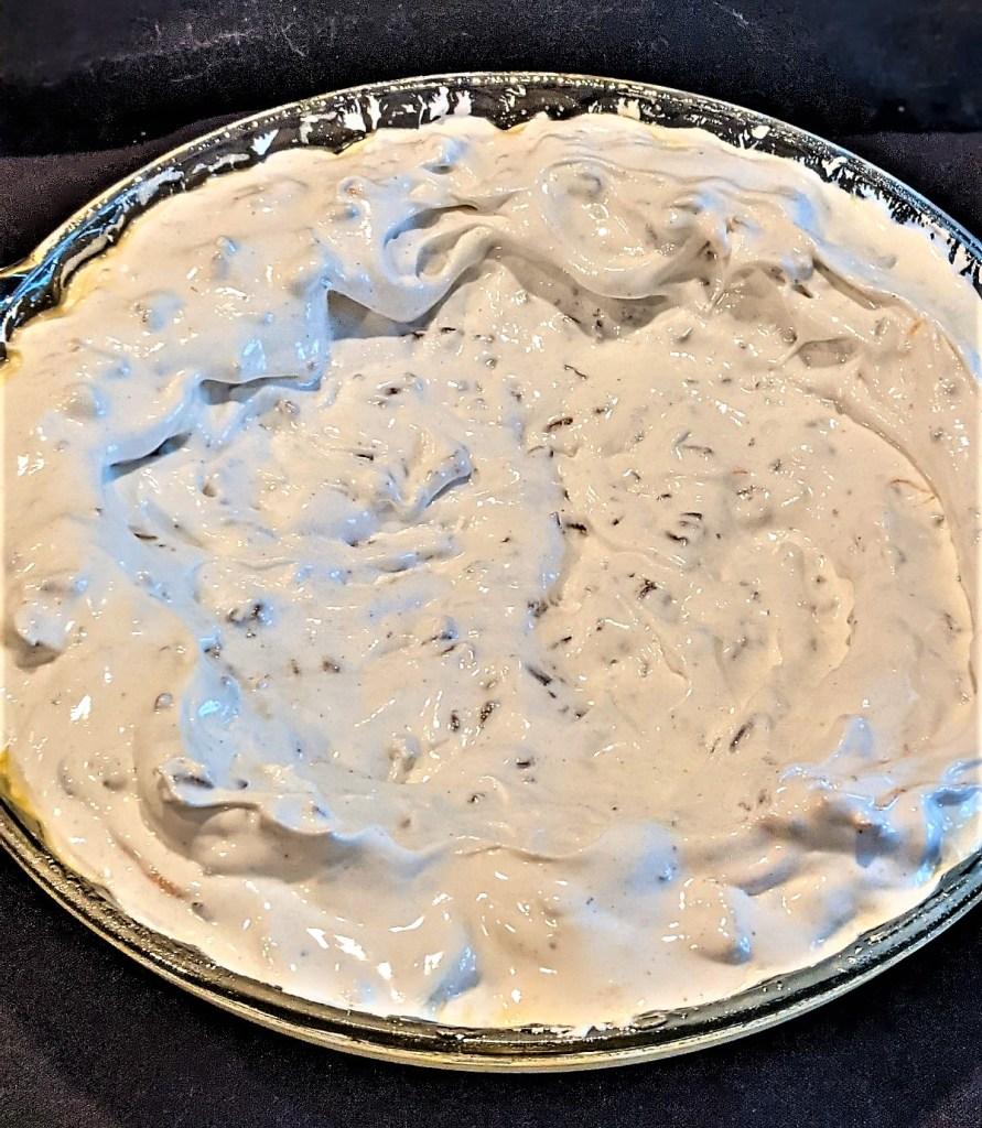 Meringue in the pie dish