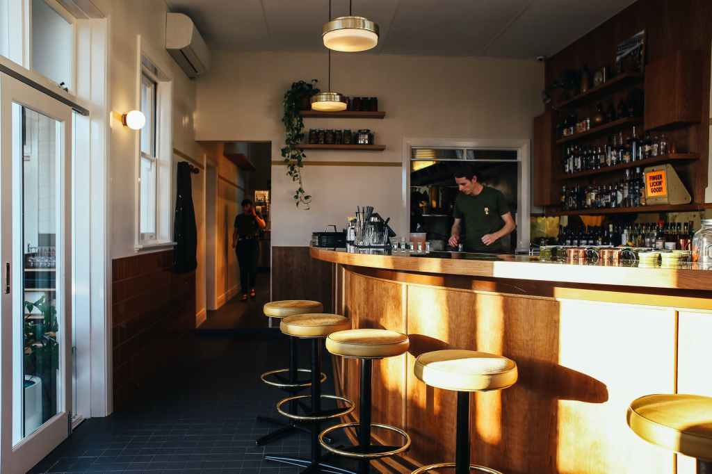 stool restaurant hotel bar