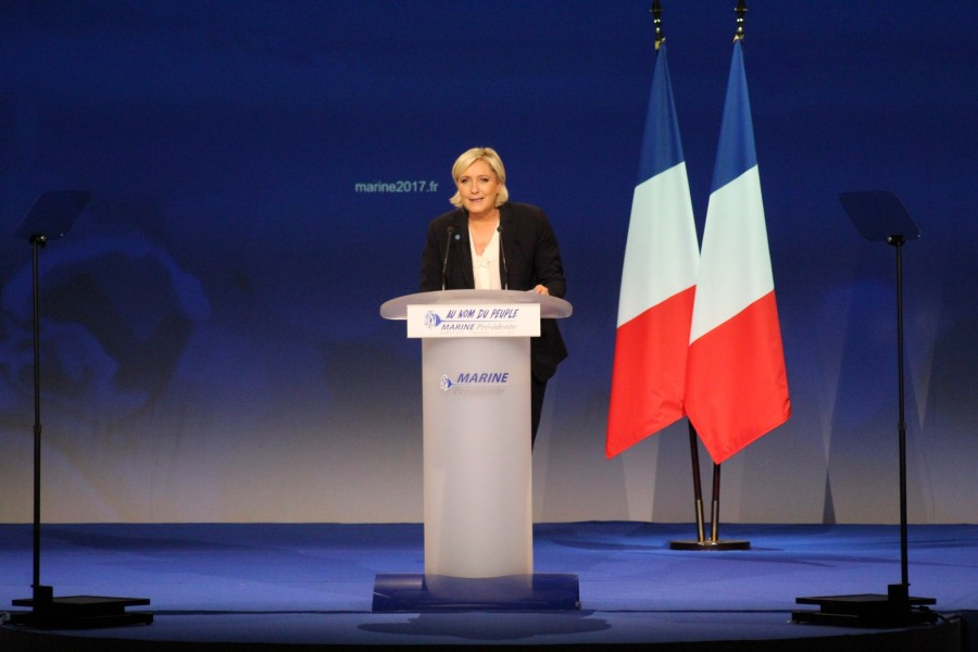 Marine Le Pen en meeting à Bordeaux, le 2 avril