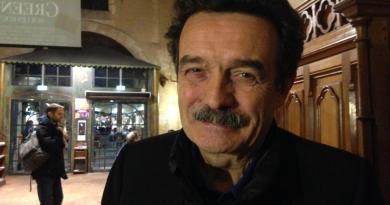Edwy Plenel : «Une presse libre et indépendante, c'est un pilier de la démocratie»