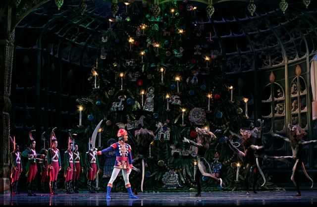 Atlanta-Ballets-Nutcracker-Photo-by-C-McCullers