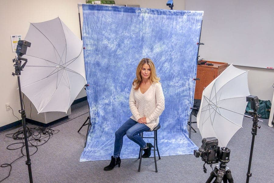 how to set up three point lighting for