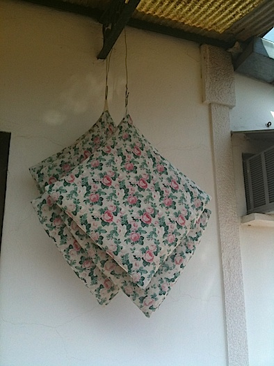 hanging outdoor cushions