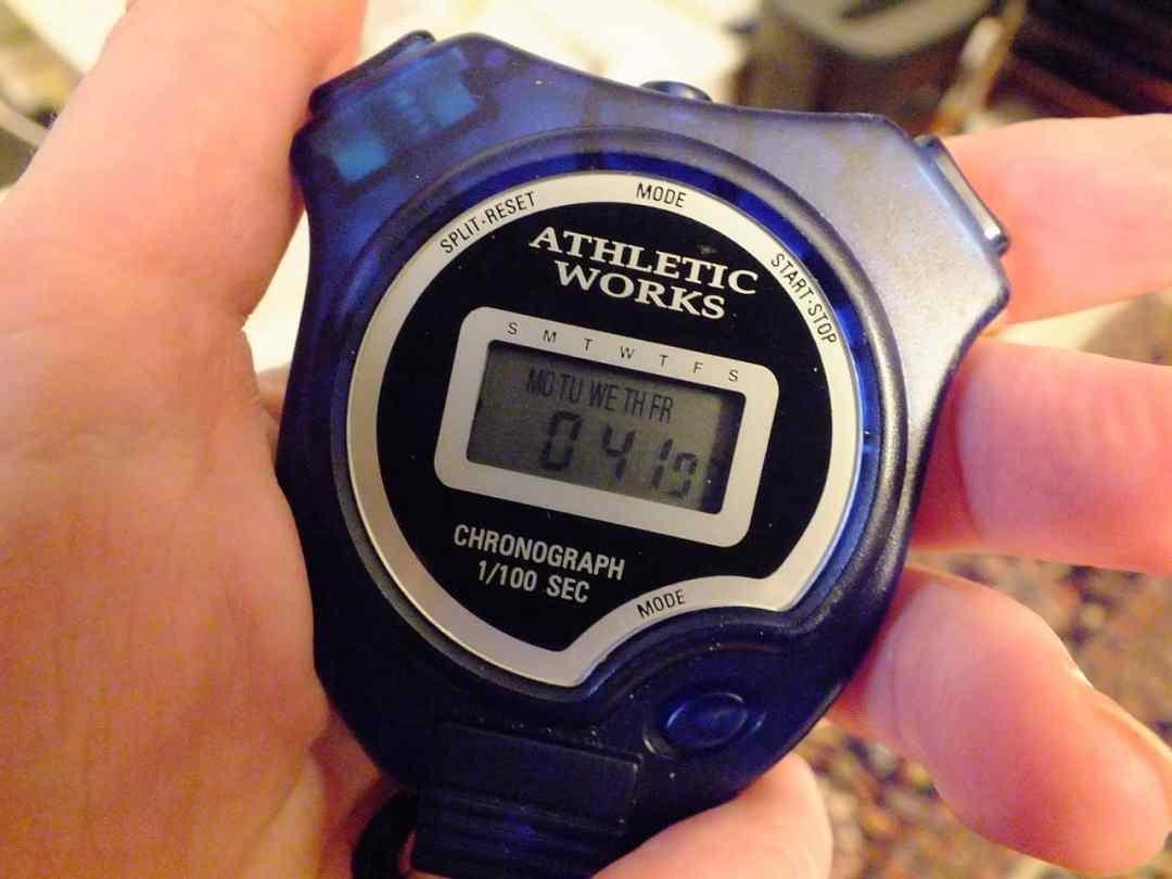 reprendre la natation et surveiller le temps