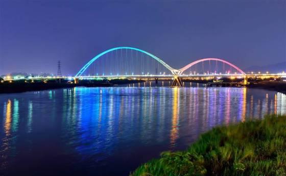 板橋新月橋
