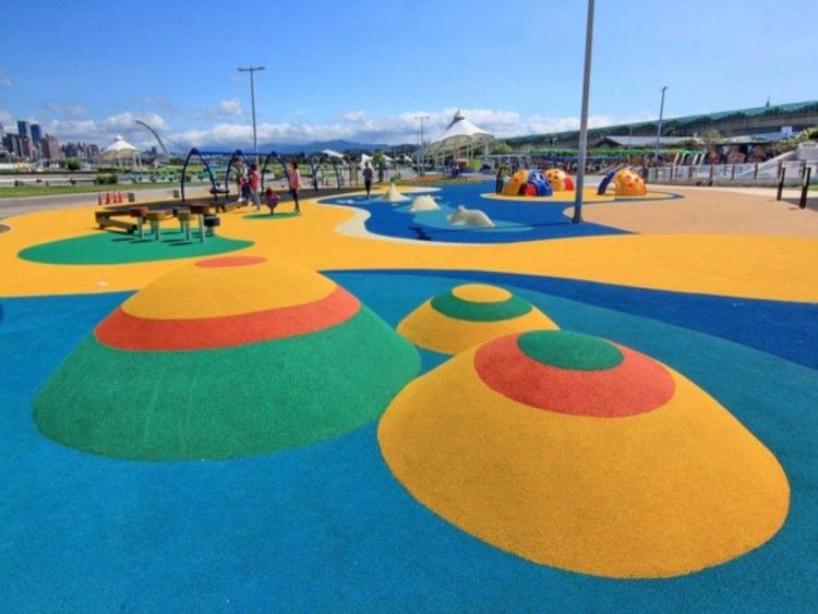 【台北】親子免費玩整天!大佳河濱公園共融式遊樂場開放