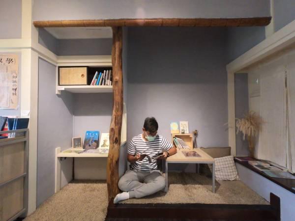 南國青鳥室內座位|屏東景點推薦,屏東書店,屏東行程推薦,屏東三天兩夜,屏東懶人包
