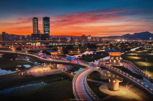 辰光橋|新北三重,三重景點,三重辰光橋,台北大都會公園