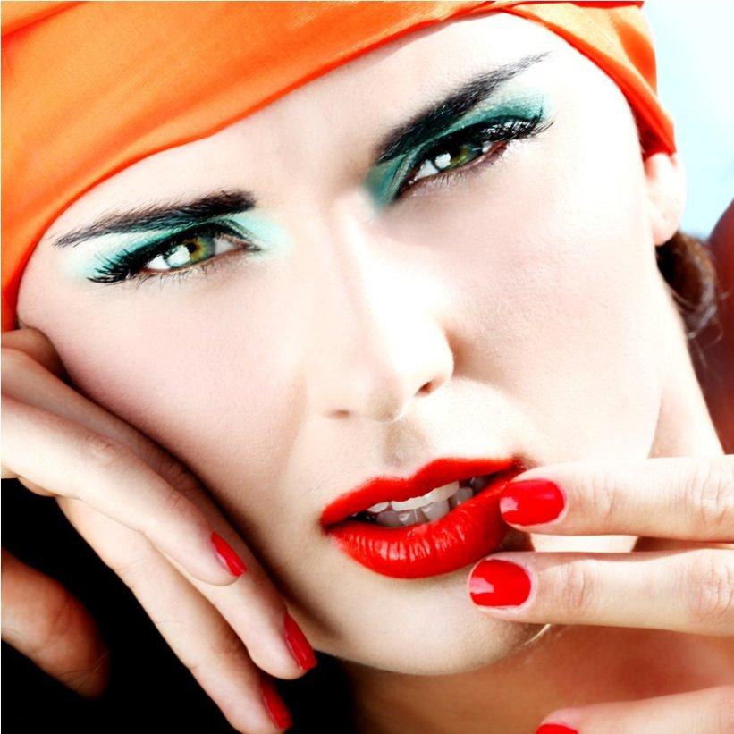 salli villefrance, makeup, winnie methmann