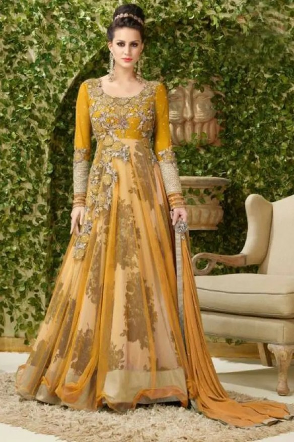 29b1c7dabe India has a rich history and tradition of clothing and fashion that can be  actually traced back to the times of the Indus Valley Civilization that  existed ...