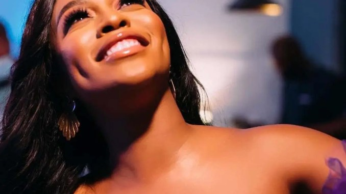 Pic: Actress Nomzamo Mbatha's Swimsuit Trends On Social Media