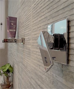 Shower mixer in walk-in shower
