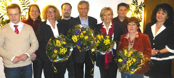 Die Spitzenkandidaten der FDP für den Stadtrat, in der Mitte Bürgermeisterkandidat Jörg Krell